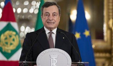 Türk Bakanlar İtalya Başbakanı'nı Kınadı