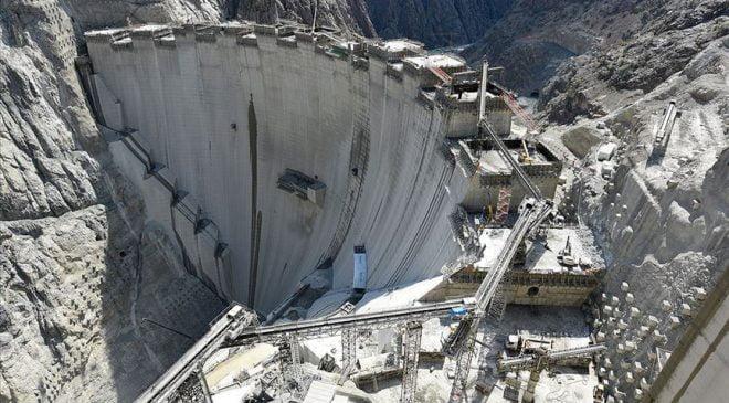 Yusufeli Barajında Gövde İnşaatı Son Buldu