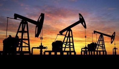 Petrol varil fiyatı 70 dolara kadar yükseldi